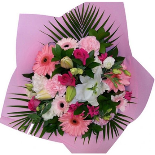 Fresh Flowers Bouquet to Japan