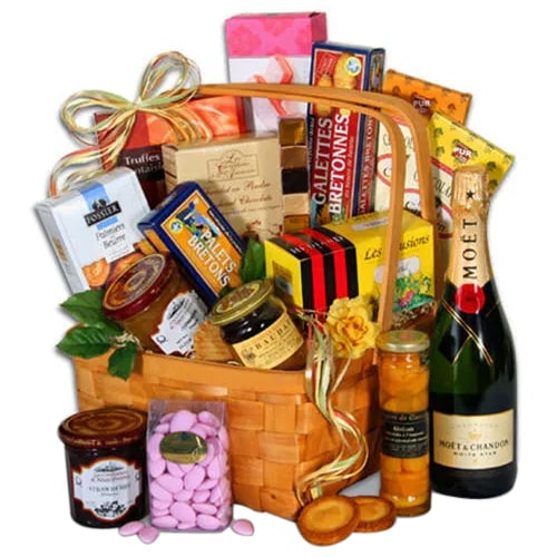 Enigmatic Gourmet Hamper with Champagne
